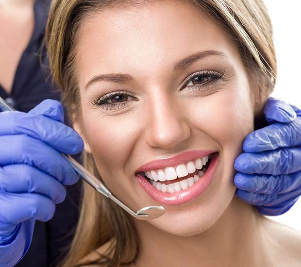 Bakersfield Teeth Whitening at Dentist