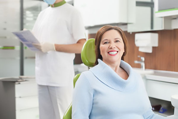 Why Professional Teeth Whitening Trays From Your Dental Office Are Right For You